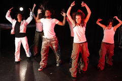 Dansers op stadium Stock Foto's