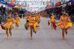 Dansers in Oruro Carnaval in Bolivië stock foto's