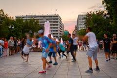 Dansers in Syntagmavierkant stock afbeeldingen