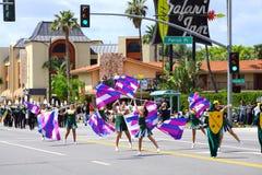 Dansers van Burbank op Parade Royalty-vrije Stock Foto's
