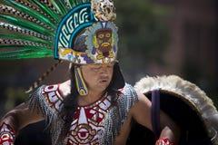Danseur aztèque Photos stock