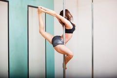 Danseur de Polonais et la pose de ballerine Photos libres de droits