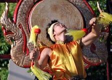 Danseur de Thailandese - danse de tambour Images stock