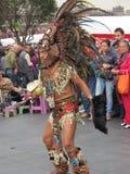 Danseur focalisé de rue Photos stock