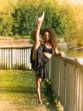 Danseur latin en parc Photographie stock
