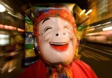 Danseur masqué à un festival de nuit au Japon Photographie stock libre de droits
