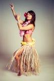 Danseur Woman de danse polynésienne photo stock