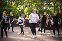 Danseurs de rue d'houblon de hanche photo stock