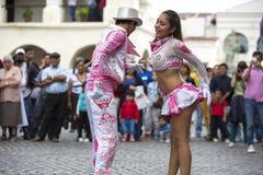 Danseurs exécutant pour l'ouverture de carnaval de Salta, Argentine images libres de droits
