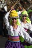 Danseurs féminins indigènes dans Pujili Equateur Images libres de droits