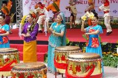 Danseurs folkloriques malaisiens image libre de droits