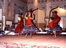 Danseurs indiens dans le palais de Samode photos libres de droits