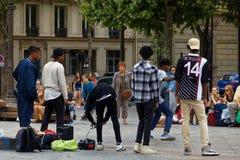 Danseurs sur Place de Hotel De Ville photo stock