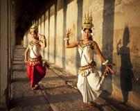 Danseurs traditionnels de culture d'Aspara chez Angkor Wat Concept Photos stock
