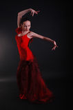 Danseuse de femme de flamenco dans la pose Image stock