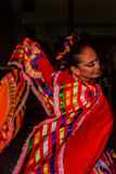 Danseuse mexicaine de tournoiement de dame Image libre de droits