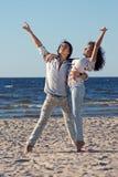 Dansing op het strand Royalty-vrije Stock Foto