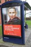 DANSKA PENSIONÄRER PÅ BUSSÖVERKANTEN Royaltyfri Bild