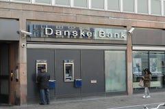 DANSKE BANK FICK RÖRA MED PENGAR LAUNDERY royaltyfri fotografi