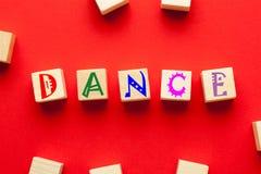 Dansord som är skriftligt på kuber fotografering för bildbyråer