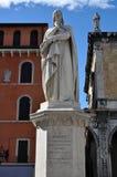 dante statua s Verona Zdjęcia Royalty Free
