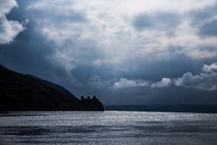 Danube River e o golubac serbia do castelo Fotografia de Stock