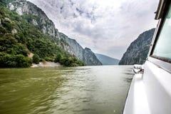 Danube River i Drobeta Turnu Severin Royaltyfri Bild