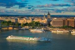 Danube River kryssning Arkivfoton