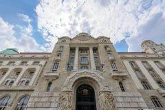 Danubius hotellGellert fasad royaltyfria foton