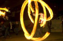 Danza asombrosa de la demostración del fuego en la noche, editorial, 26/02/2016 Castlefield Manchester Fotos de archivo libres de regalías
