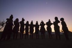 Danza de Himba foto de archivo