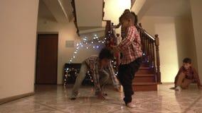Danza de la Navidad de los muchachos jovenes metrajes
