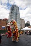 Danza de león en Chinatown, Boston durante la celebración china del Año Nuevo Fotografía de archivo