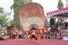 Danza de los centenares efectuada en Sukoharjo fotos de archivo libres de regalías