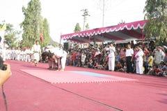 Danza de los centenares efectuada en Sukoharjo fotografía de archivo libre de regalías