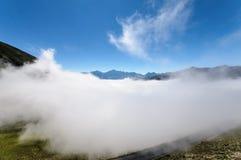 Danza de nubes Foto de archivo