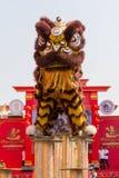 Danza del dragón durante el Año Nuevo chino de la celebración en Bangkok tailandia Fotografía de archivo libre de regalías