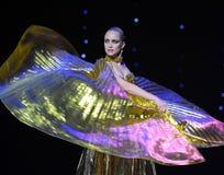 Danza del mundo de muchacha-Turquía del vientre de una Austria de oro de la danza- Fotos de archivo