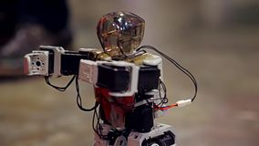 Danza del robot del Humanoid almacen de video