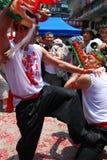Danza en el banquete del dragón borracho Foto de archivo