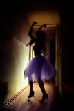Danza en la oscuridad Imagen de archivo