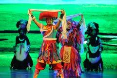  danza-grande agradable del show†de los escenarios de la escala del tibetano el  del legend†del camino Imagen de archivo libre de regalías