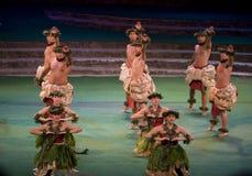 Danza hawaiana de centro cultural polinesia Fotos de archivo libres de regalías