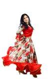 Danza madura de la mujer en traje gitano Foto de archivo libre de regalías