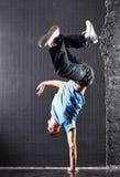 Danza moderna del hombre joven Fotografía de archivo libre de regalías