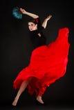 danza Muchacha española con flamenco del baile del fan Foto de archivo libre de regalías