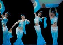 Danza popolare: Fan Immagini Stock
