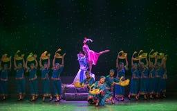 Danza popular Casamentero-Tórtola-china foto de archivo libre de regalías