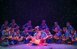 Danza popular duende-Tórtola-china del pájaro foto de archivo libre de regalías