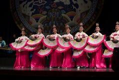 Danza popular surcoreana Imágenes de archivo libres de regalías